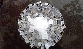 سنگ نمک کریستالی